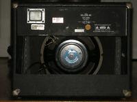 Fender Deluxe 85 Solid State Ampliier