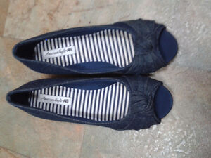 Girl's Denim dress shoes size 1-1/2
