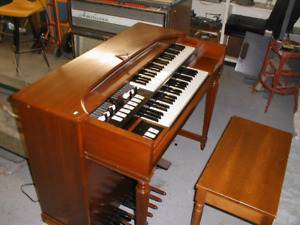 WANTED : Old Tube Electric Organs