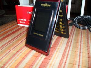 Téléphone Cellulaire original FLIP Débloqué Bourgogne nouveau