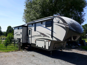 2015 Forest River Crusader 5th Wheel