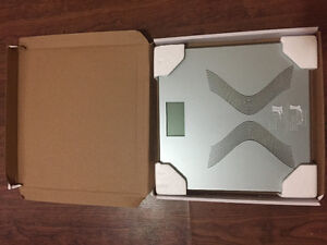 Super slim digital scale