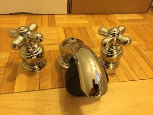 BRAND NEW MOEN MONTECELLO CHROME TAPS WITH SOLID BRASS ROUGH
