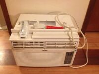 8000 btu window air conditioner with remote (still in package)