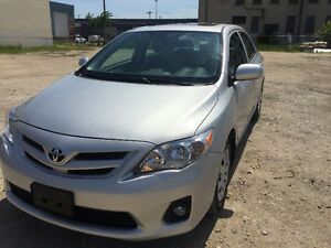 2013 Toyota Corolla CE / LOW KM / private sale