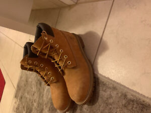Selling Timberland boots womens 8 1/2  (Mens 7)