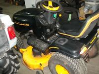 18 HP 42 inch cut POULAN PRO TRACTOR