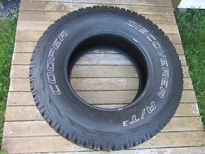 Set of 4 LT 285/70R17 Cooper Discoverer A/T3 Mud and Snow Tires
