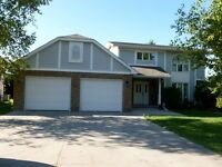Gorgeous Home in Southland Area Steinbach