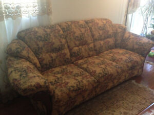 2 set of sofas, plus rotin sofa