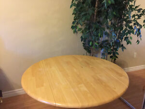 Looking to buy 2 chairs