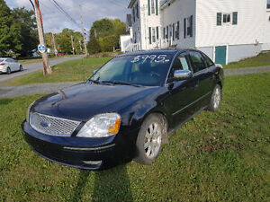 2006 Ford Five Hundred. Loaded. Leather.