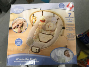 BABY BOUNCER DISNEY - MUSICAL - AUTOMATIC SWING IN BOX MINT