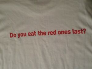 """Vintage Smarties""""Do you eat the red ones last?"""" T-Shirt XL London Ontario image 2"""