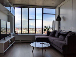 Beautiful Furnished Gastown Condo Located in Woodwards 32