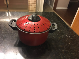 For sale brand new non stick cooking pot
