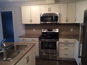 RUTHERFORD- FROM JUNE 1ST 2BED 2 BATH CONDO FOR RENT NEAR SCHOOL