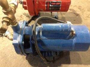 Pompe a eau usagé
