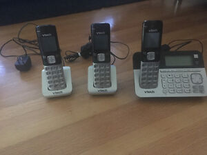 Set of three phones with answering machine for sale
