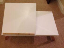 Lap tray table