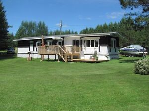 GREAT COTTAGE/HOUSE ON THE TOBIQUE RIVER