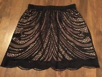 ZARA lace skirt  -NEW!!