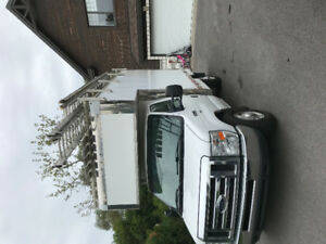 Camion cube 12 pieds ford 2012