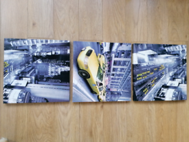 Set of 3 new York canvasis.