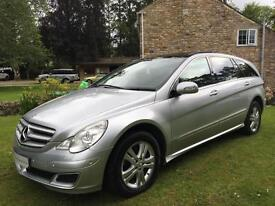 Mercedes-Benz R500 5.0 L 7G-Tronic SE 4MATIC AMAZING 6 SEATER LIMO