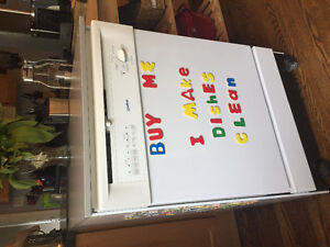 Portable dishwasher in great condition
