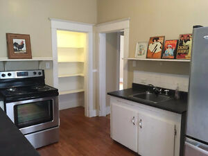 MARCH 1st - FURNISHED ROOM DOWNTOWN HALIFAX - ALL INCLUDED!