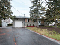 FULLY RENOVATED CORNER LOT BUNGALOW IN ORLEANS!