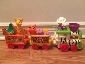 Train Zoo musical Little People Fisher Price en excellent état