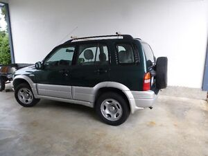1999 Suzuki Grand Vitara grey SUV, Crossover