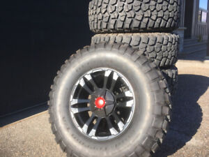 """Jeep Wheels and Tires: 17"""" Wheels with 35"""" BFG Mud-Terrain Tires"""