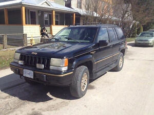 1995 Jeep Grand Cherokee Leather SUV, Crossover