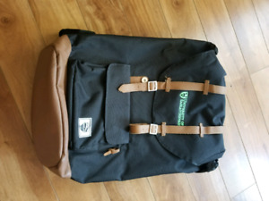 Assorted bags & backpack