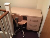 Free Desk with swivel chair