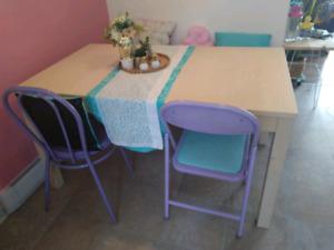 belle table avec 2 rallonges