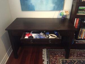 Beautiful Solid Wood Desk With Chair Oakville / Halton Region Toronto (GTA) image 4