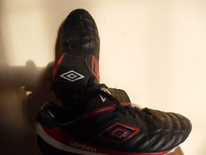 soccer cleats shoes size 9 or 10