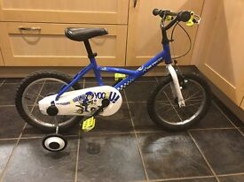 Childs Btwin Bike 16 inch with training wheels.