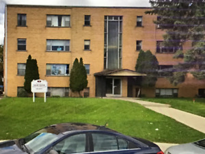 1 & 2 Bedrooms Apartment in Dundas For Rent  at 1495/month
