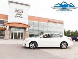 2013 Nissan Altima 2.5  - Low Mileage