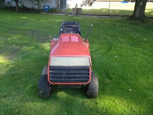 """Roper 12hp 42"""" cut..REDUCED TO CLEAR Cornwall Ontario image 2"""