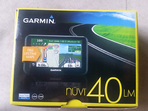 Garmin gps; free lifetime maps of US and canada