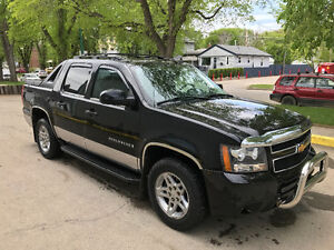 2007 Chevrolet Avalanche LTZ Pickup Truck$$$$PRICED TO SELL$$$$