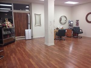 Salon for sale or rent