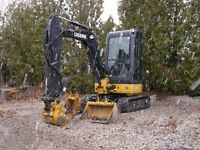 2011 John Deere 27D ZTS with Thumb, Low Hours