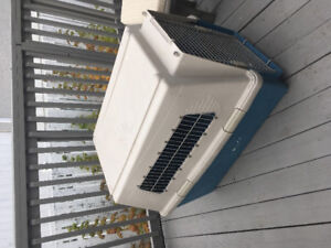 'Giant' dog crate / kennel